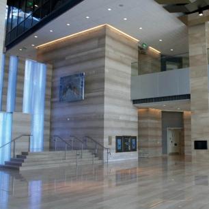 Internal Floor Tiles: Serpeggiante Polished
