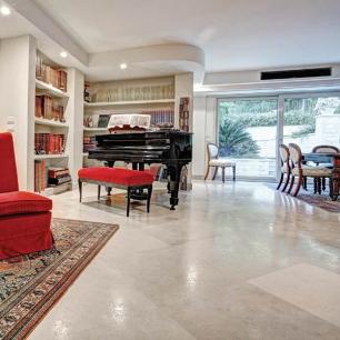 Internal Floor Tiles: Massello Levigato