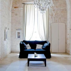 Internal Floor Tiles: Crema Perla Silk