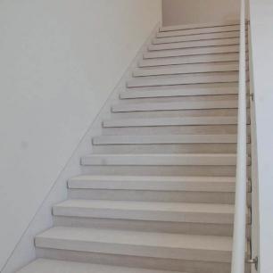 Stairs: Grigio Classico Velvet